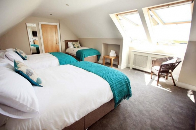 Cahermaclanchy House Doolin B&B Twin bedroom