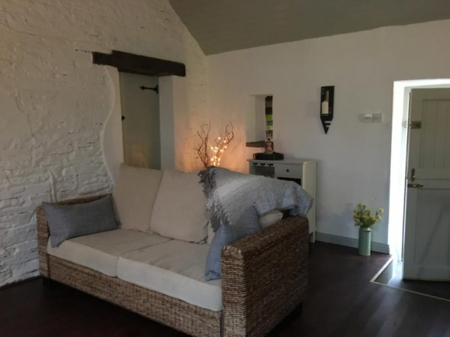 Doolin Village Lodges sitting room
