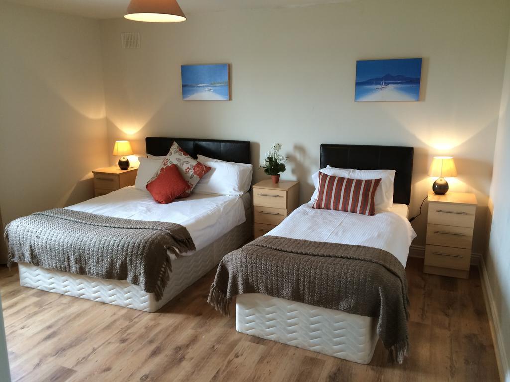 Doolin Village Lodges bedroom 3