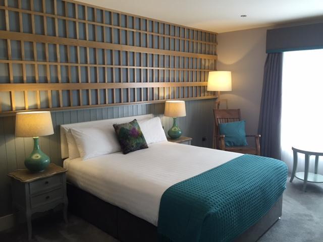 hotel doolin bedroom