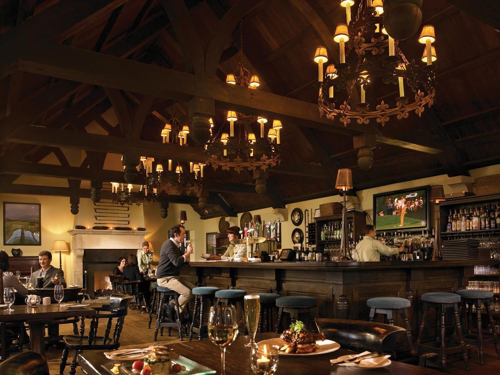 trump hotel doonbeg bar