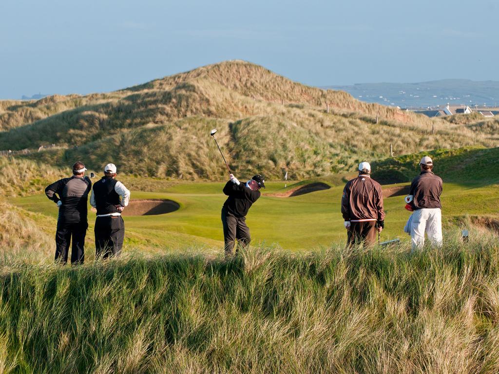 donald trump doonbeg golf course tee
