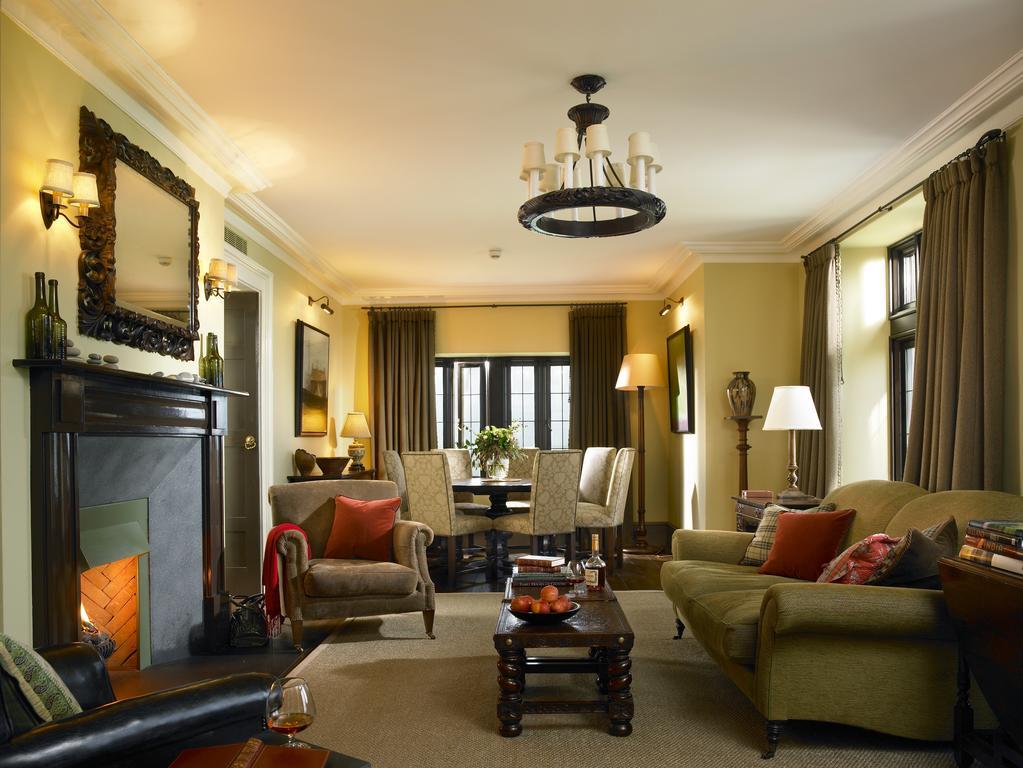 trump hotel doonbeg sitting room