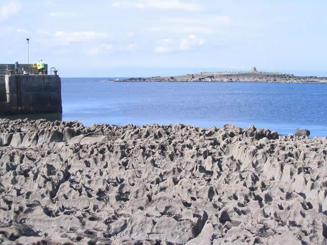 rocks beside doolin pier
