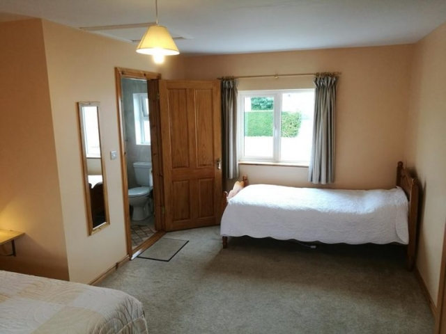 Danubio Doonbeg self catering accommodation bedroom 2