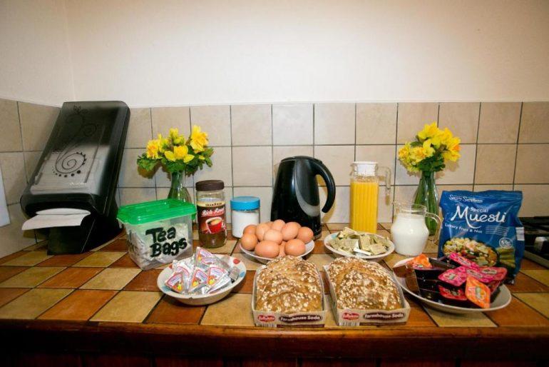 Aille River Hostel breakfast