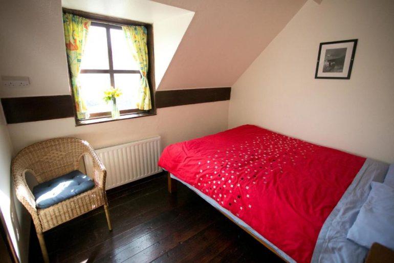 Aille River Hostel in Doolin bedroom
