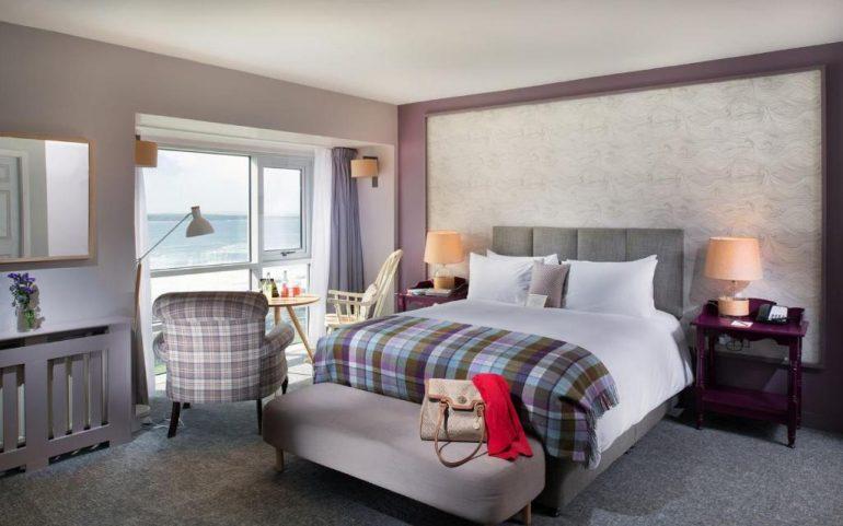 Armada hotel spanish point bedroom
