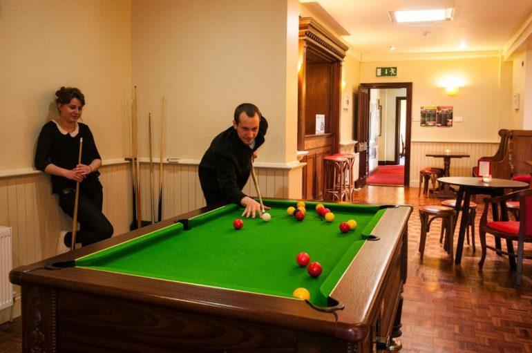 hostel pool room